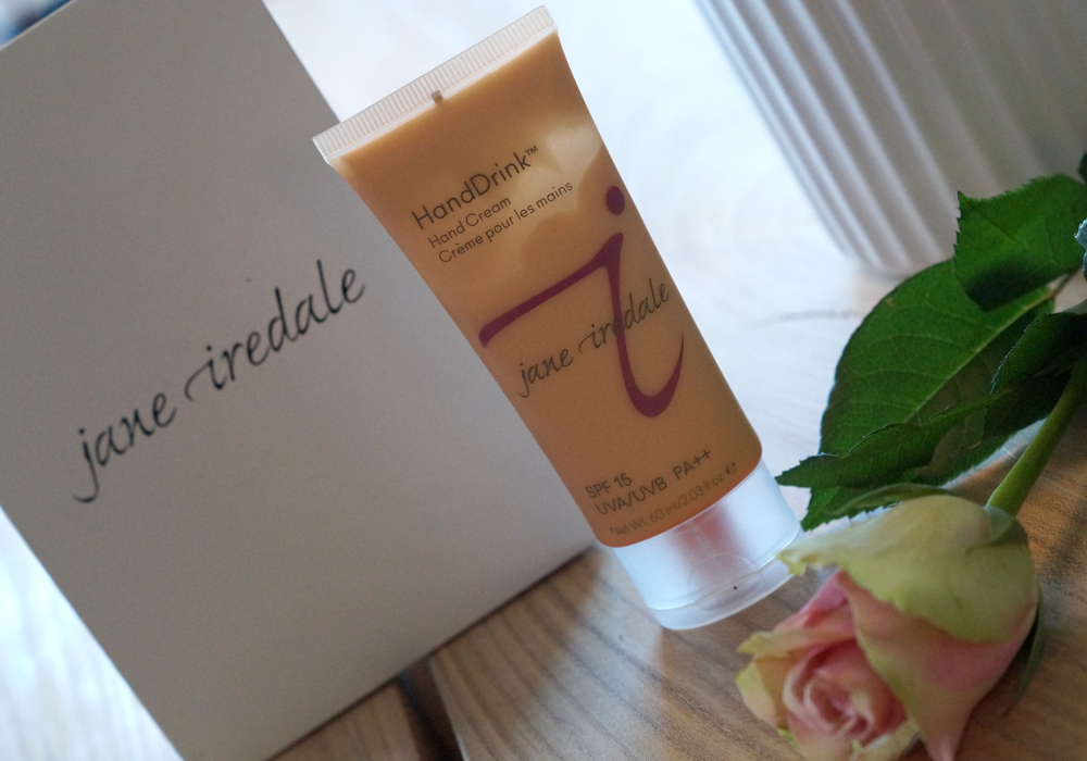 IN LOVE WITH JANE IREDALE HANDDRINK