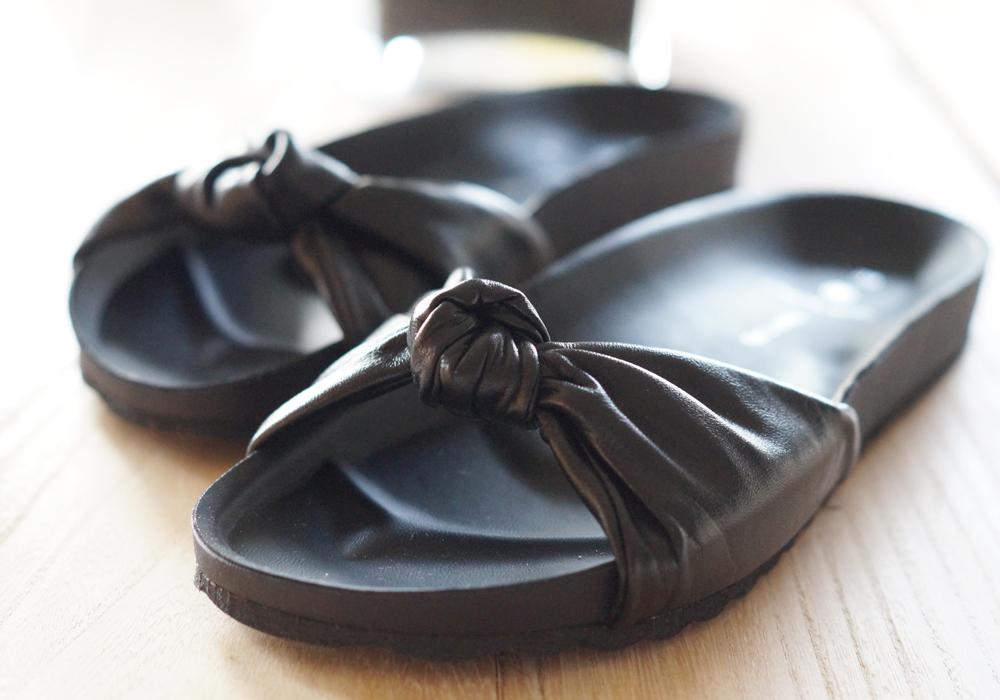 Pieces knot sandaler